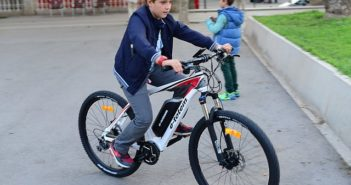 motor-bike-1531268_640