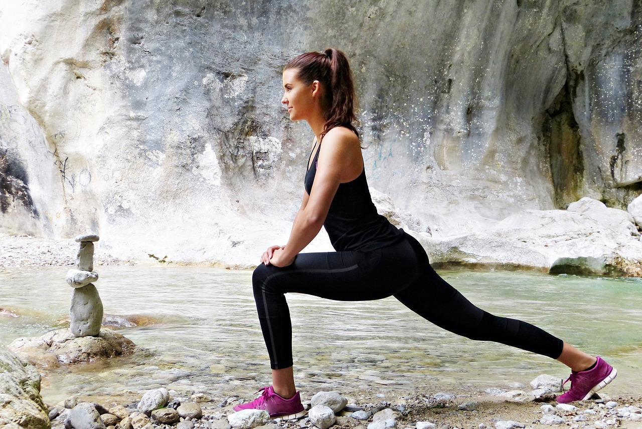 Als Bewegungsprogramm sind Ausdauersportarten ideal. Zusätzlich können Entspannungstechniken helfen   pixabay.com